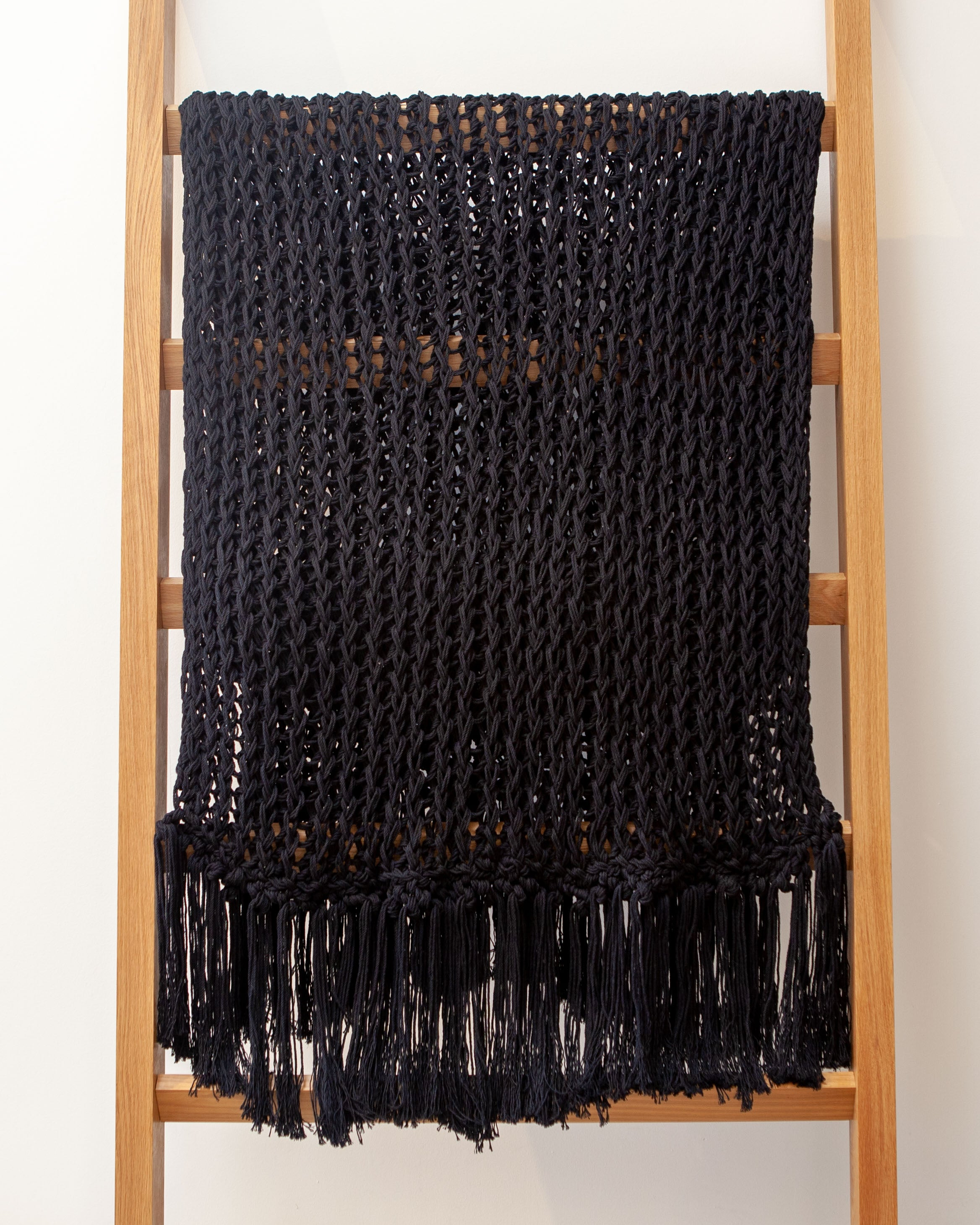 Open weave recycled cotton black through with fringe