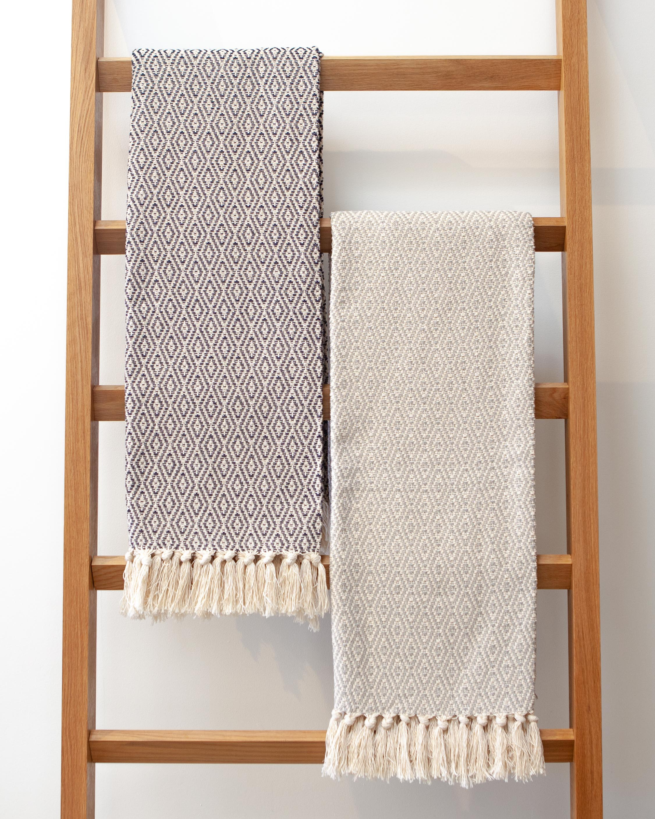 Casa Cubista Throw - Grey & Natural Fringed