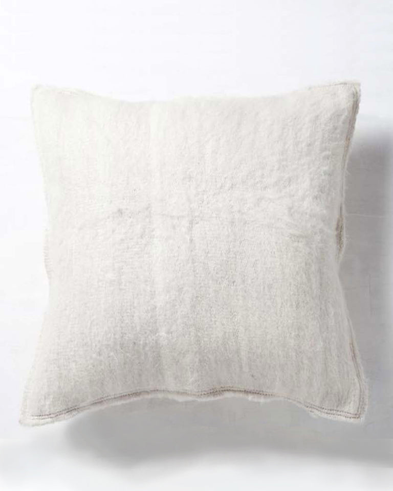 Handwoven llama wool pillow white