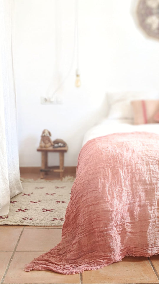 Hand-painted open weave linen throw blanket pink