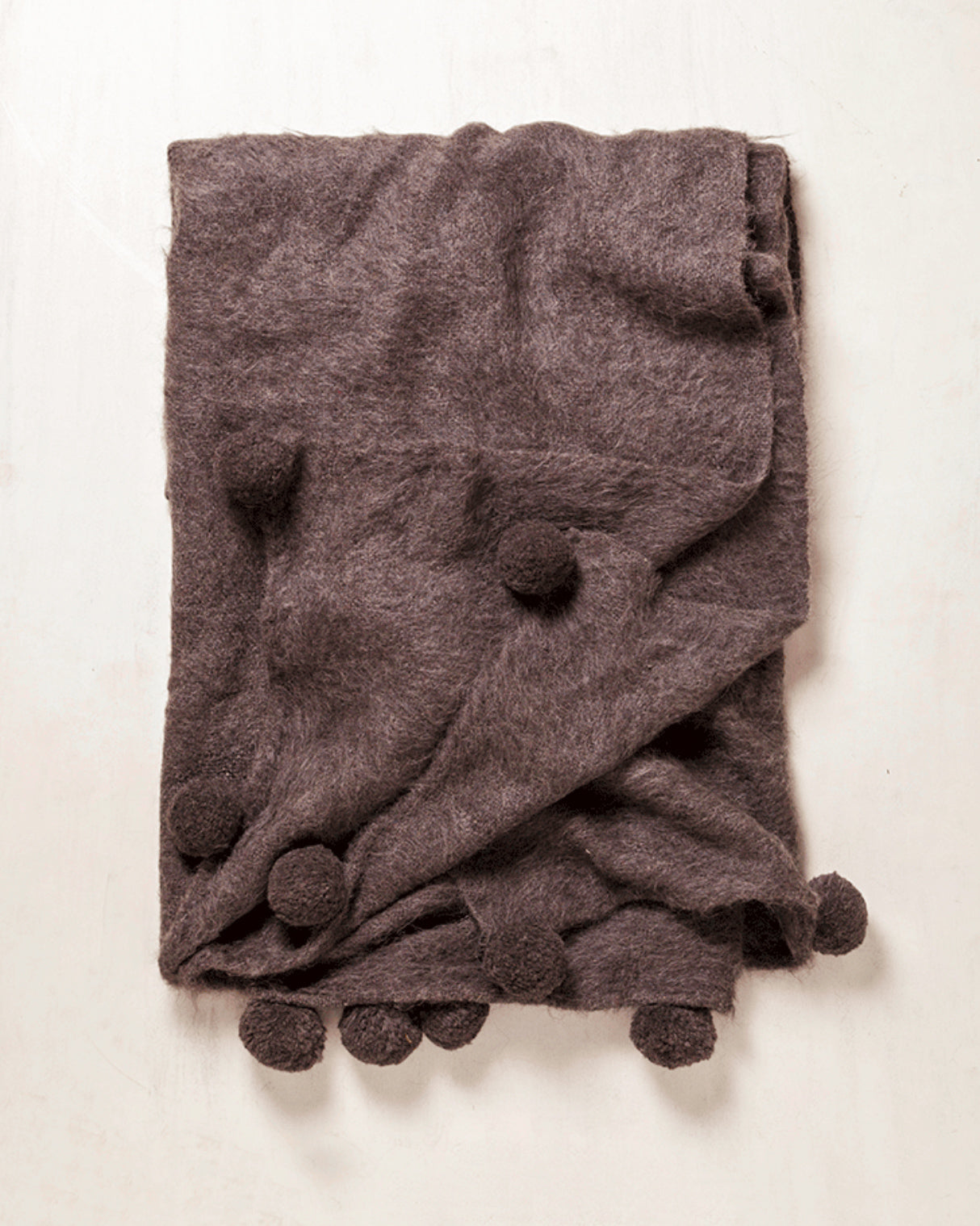 Awanay Otoño Llama Throw with PomPoms - Marled Grey