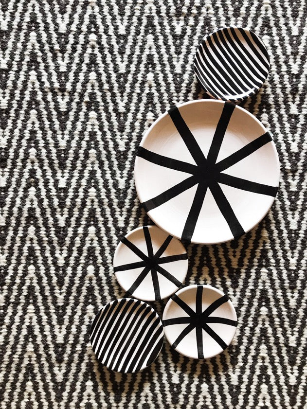 Casa Cubista Graphic Tableware - Pattern Saucers