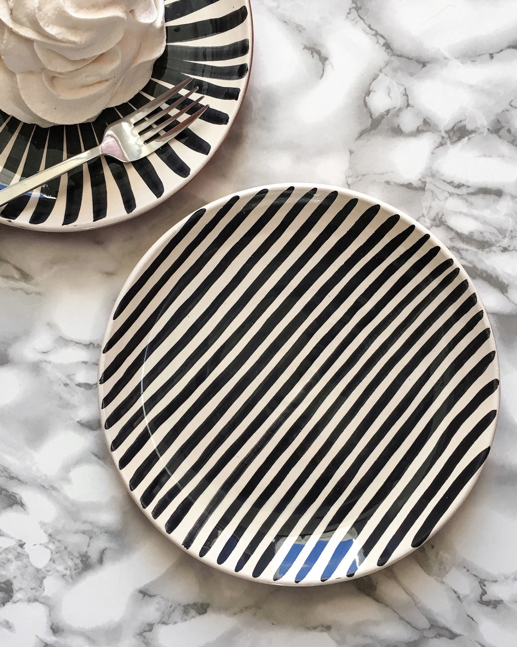Casa Cubista Graphic Tableware- Pattern Plate -Stripe