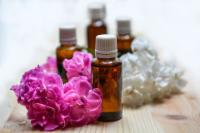 Which Essential Oil Blend is Right for Your Massage?