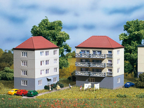 Auhagen 14464 N Gauge 2 Blocks of Flats Plastic Kit