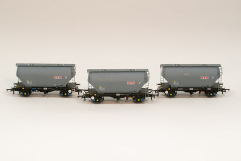 Accurascale 2020STS-A OO Gauge STS PCA Cement Wagon Triple Pack A
