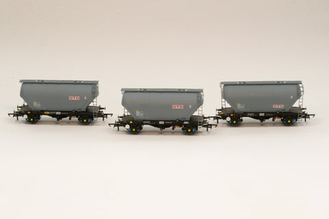 Accurascale 2021STS-B OO Gauge STS PCA Cement Wagon Triple Pack B