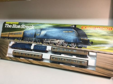 Hornby R682 OO Gauge The Blue Streak Train Set