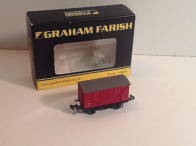 Graham Farish 373-740 N Gauge 10t Meat Van BR Crimson