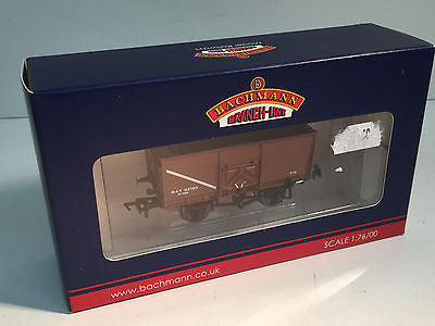Bachmann 37-426C OO Gauge 16t Slope Sided Mineral Wagon, M.O.T Brown