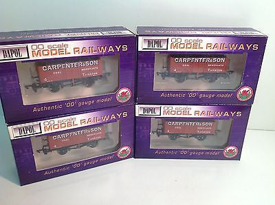 Dapol B550 OO Gauge 7 Plank Wagon Carpenter Tiverton x4