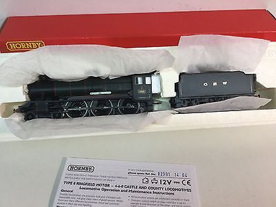 Hornby R2391 OO Gauge County Class 1010 County of Carnarvon GWR Green
