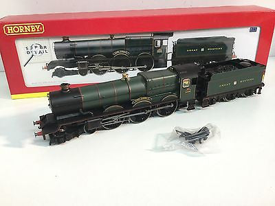 Hornby R2460 OO Gauge GWR King Class 6008 King James II GWR Green