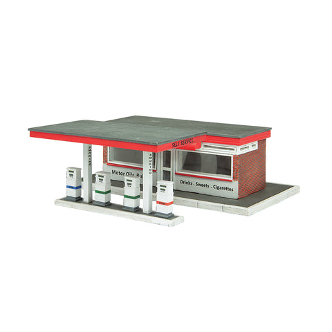 Bachmann 44-0077 OO Gauge Filling Station
