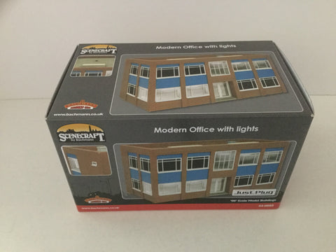 Bachmann 44-0085 OO Gauge Office Building with Lights