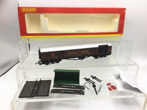 Hornby R4155 OO Gauge LMS Royal Mail Operating Coach 30246