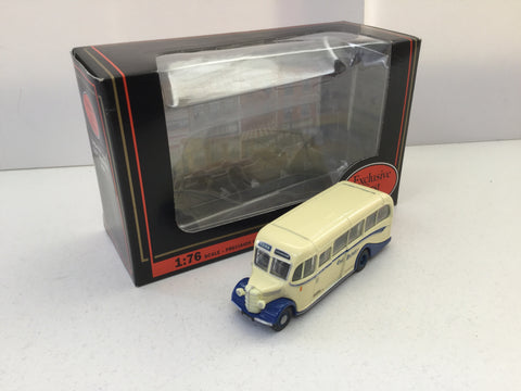 EFE 20109 1:76 Scale Bedford OB Duple Vista Bus East Yorkshire