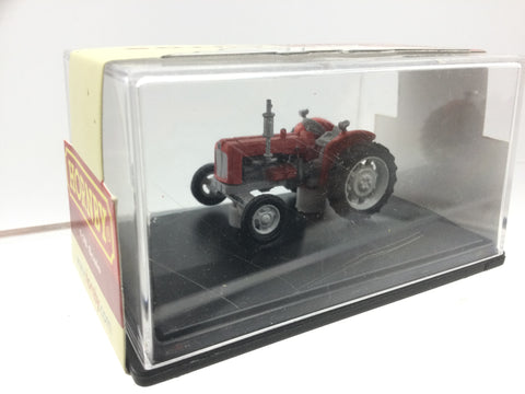 Hornby R7017 1:76/OO Gauge Farm Tractor Red/Grey