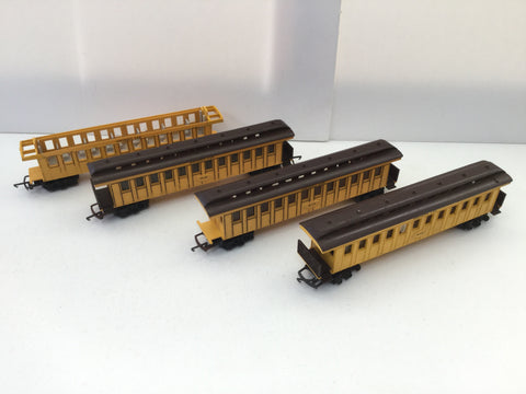 Triang R448 OO Gauge Old Time Smoking Coach 257 x4