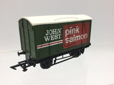 Graham Farish 12413 OO Gauge Twin Vent Van John West Pink Salmon