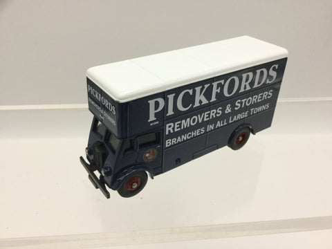 Lledo DG146001 OO Gauge Guy Pantechnicon Pickfords