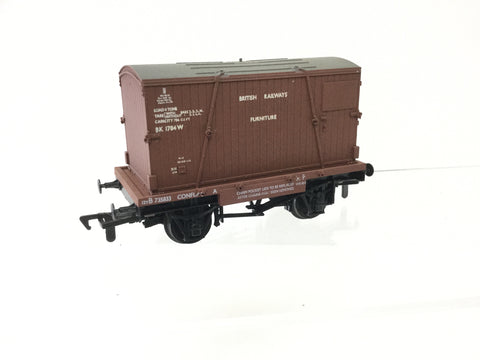 Airfix 54332 OO Gauge BR Conflat Wagon with Container