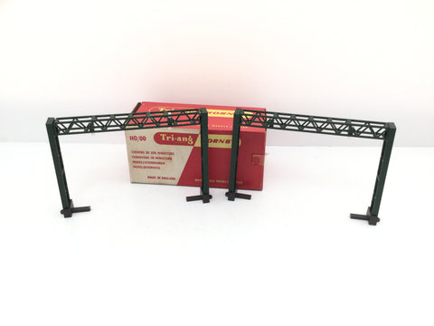 Tri-ang Hornby R580U OO Gauge Double Catenary Gantries x2