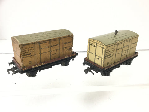 Hornby Dublo 32088 OO Gauge Low Sided Wagon w Container B459325