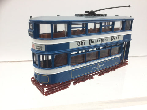 EFE E14301 OO Gauge Leeds Transport Tram Yorkshire Post