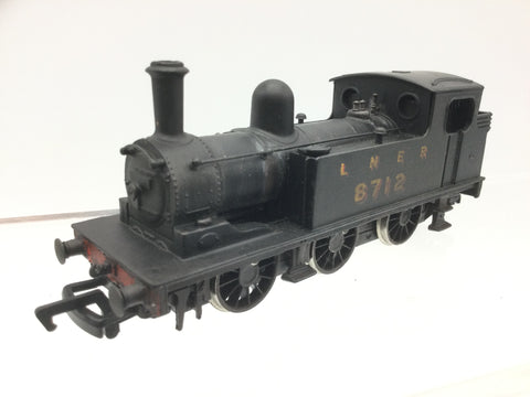 Mainline OO Gauge LNER Black Class J72 8712 Weathered