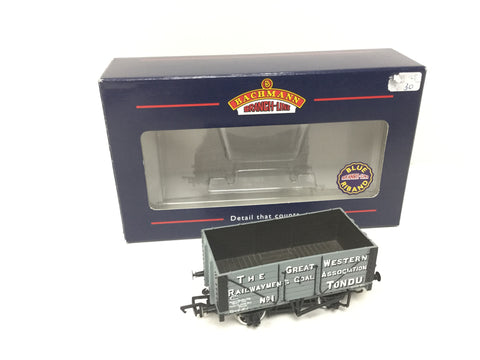 Bachmann 37-101A OO Gauge Wagon Great Railwaymans Tondu