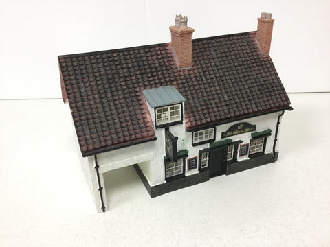 Hornby R8566 OO Gauge Skaledale The Boars Head Pub