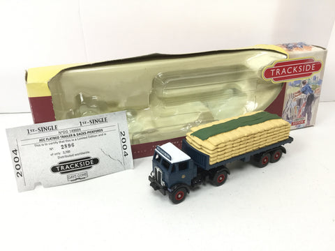 Lledo DG149004 OO Gauge AEC Flatbed & Load Pickfords (Lot 1)