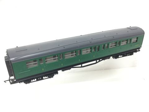 Hornby R437 OO Gauge BR Green Maunsell Composite Coach S5162S
