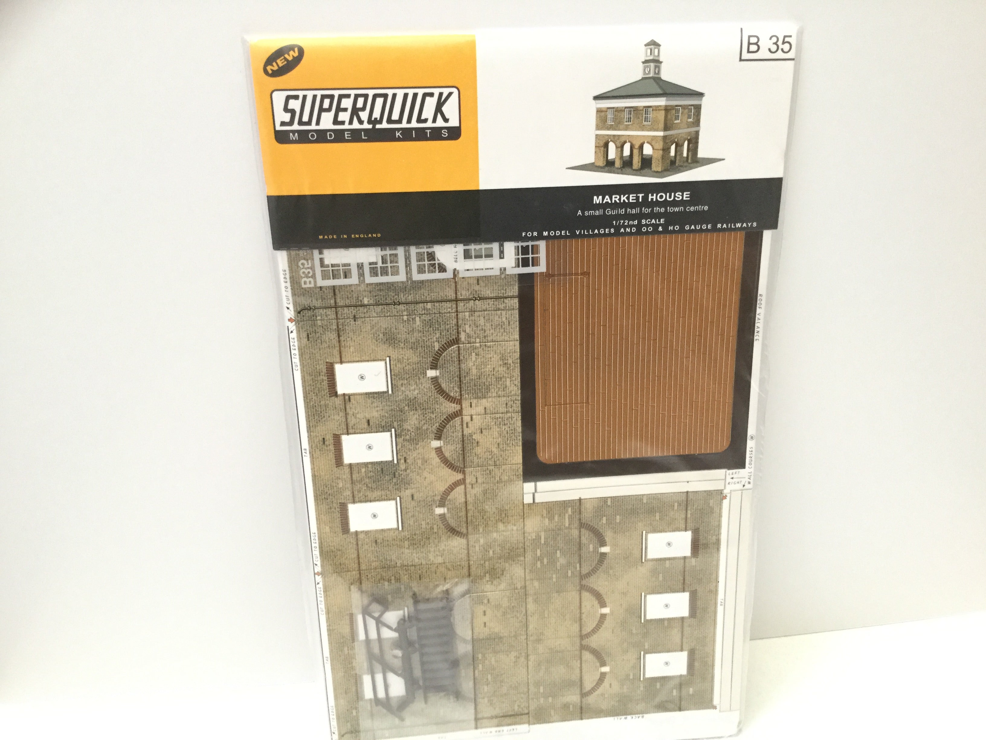 Superquick B35 OO Gauge Market House Card Kit