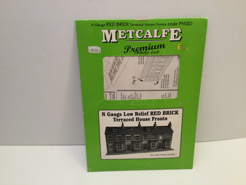 Metcalfe PN120 N Gauge Low Relief Red Brick Terraced House Fronts