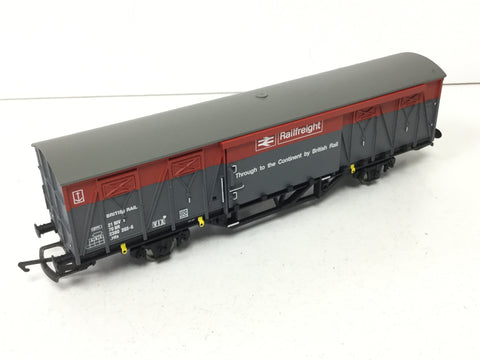 Hornby R6304 OO Gauge BR Railfreight Ferry Van