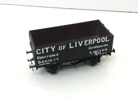 Hornby R6598 OO Gauge 7 Plank Open Wagon City of Liverpool (Link Coupl)