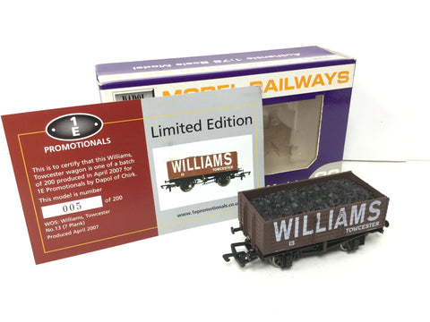 Dapol/1E OO Gauge 7 Plank Wagon Williams, Towcester