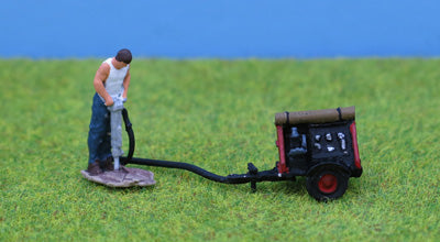 P&D Marsh PDZ38 OO Gauge Whitemetal Painted Man w Pneumatic Drill/Compressor