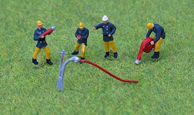 P&D Marsh PDZ41 OO Gauge Whitemetal Painted 1970/80s Fire Crew