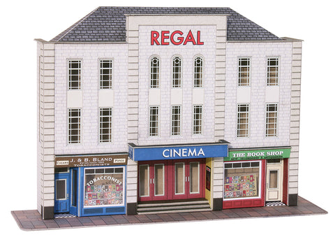 Metcalfe PO206 OO/HO Gauge Low Relief Cinema & Shops Card Kit