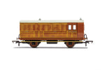 Hornby R40060 OO Gauge GNR, 4 Wheel Coach, Brake Baggage, 836 - Era 2