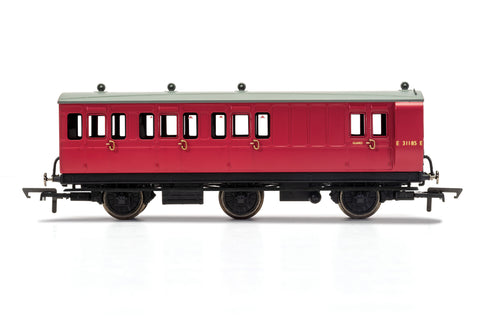 Hornby R40126 OO Gauge BR, 6 Wheel Coach, Brake 3rd Class, Fitted Lights, E31185 - Era 4