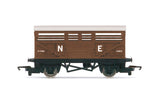 Hornby R60052 OO Gauge LNER, Cattle Wagon - Era 3