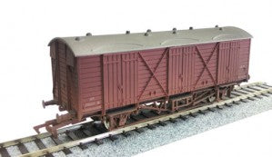 Dapol 4F-014-012 OO Gauge BR Fruit D Van W2036 Weathered