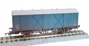 Dapol 4F-014-020 OO Gauge BR Blue Fruit D Van W38126 Weathered