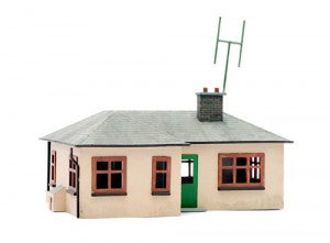 Dapol C021 OO Gauge Detached Bungalow Plastic Kit
