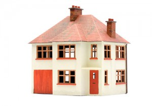 Dapol C027 OO Gauge Detached House Plastic Kit