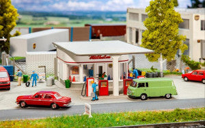 Faller 130590 HO Gauge 1950's Petrol Station Kit